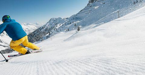 Skischule & Skiverleih